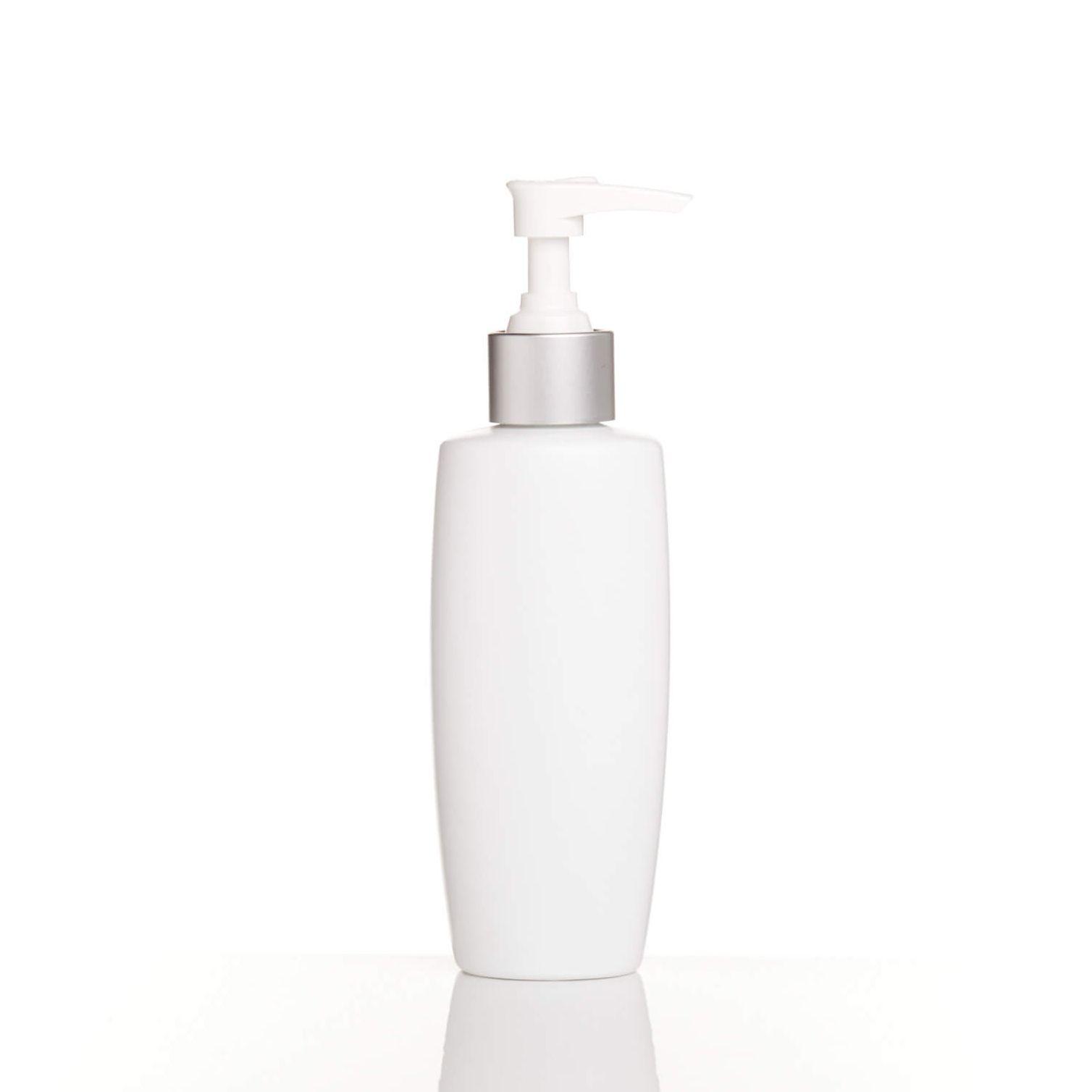 botella cosmética blanca